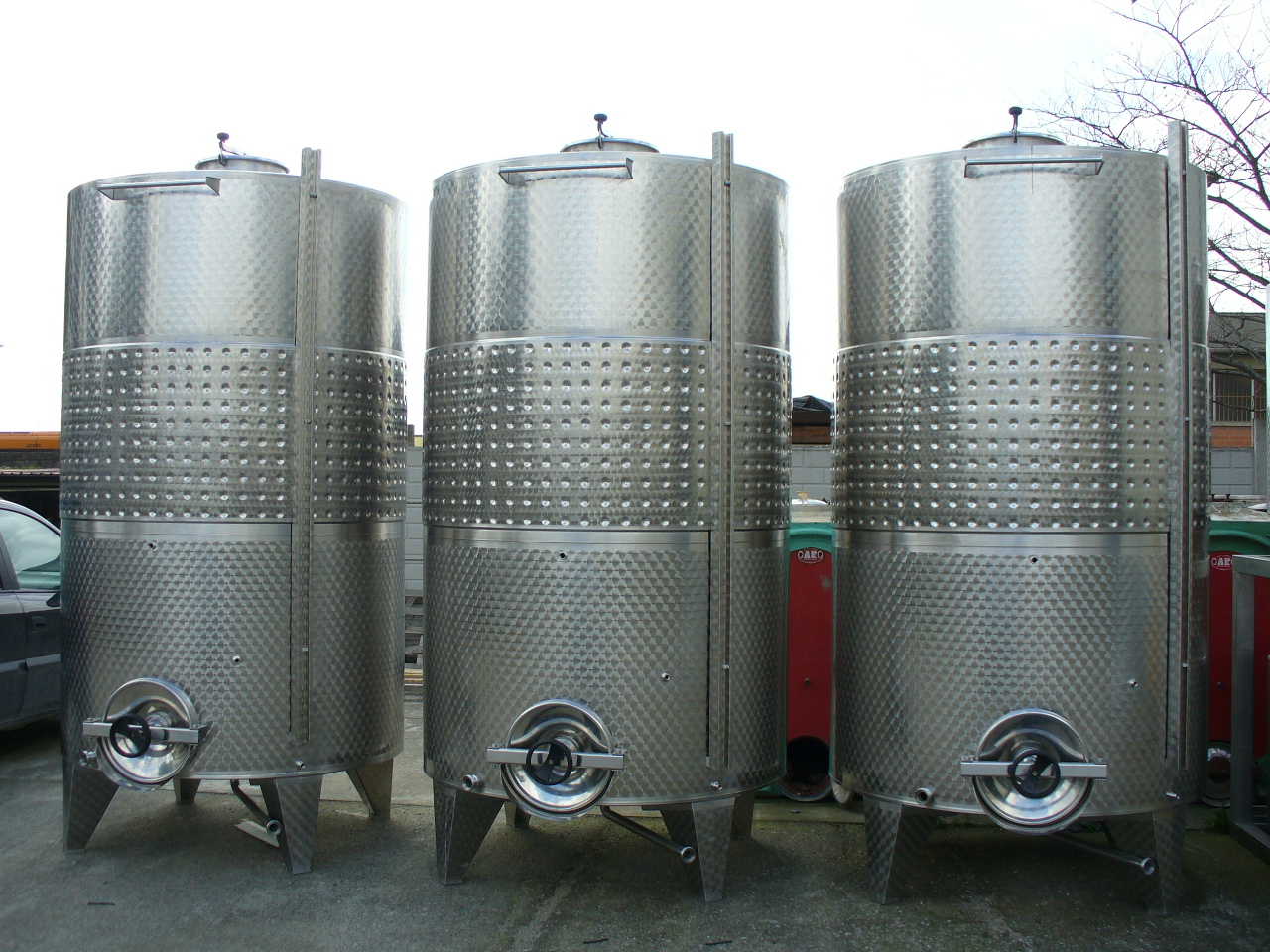 STAINLESS STEEL TANK STORAGE MODEL CONICAL BOTTOM WITH REFRIGERATION HONEYCOMB JACKET NEW EQUIPMENT