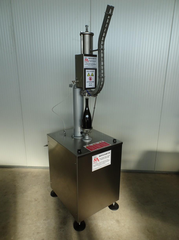 SEMIAUTOMATIC CAPPER MACHINE FOR CROWN CAP Ø29 NEW MACHINE