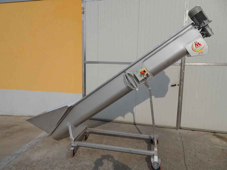STAINLESS STEEL SCREW ELEVATOR FOR GRAPES AND MARC, NEW EQUIPMENT.