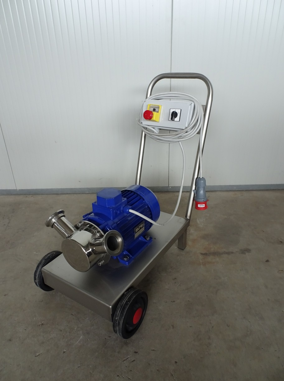 PUMP - ELECTRIC PUMP IN STAINLESS STEEL WITH FOOD NEOPRENE IMPELLER MOD. EURO 50 1 SPEED THREE PHASE 380 VOLTNEW MACHINE