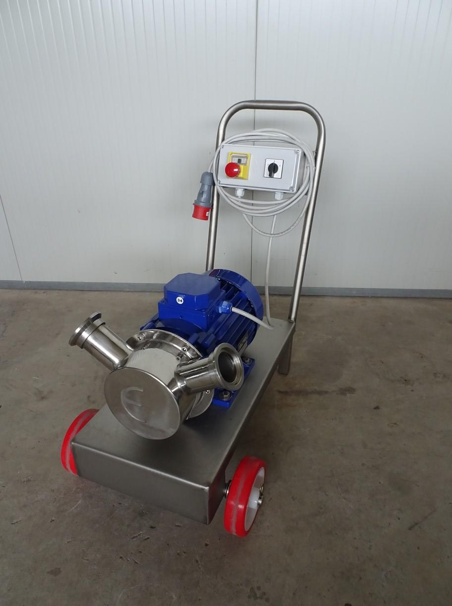 PUMP - ELECTRIC PUMP IN STAINLESS STEEL WITH FOOD NEOPRENE IMPELLER MOD. EURO 60 1 SPEED 380 VOLT THREE PHASE NEW MACHINE