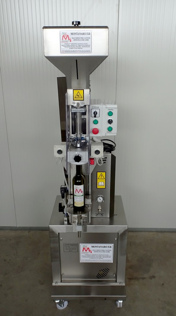 SEMI-AUTOMATIC CORKING MACHINE FOR NATURAL CORK AND SILICON, CROWN CORK OR ALUMINIUM SCREW CAP