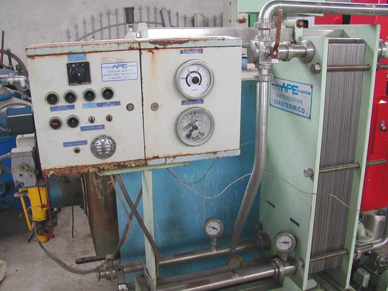 PLATES PASTEURIZER SINGLE STATE APE SECOND-HAND MACHINE