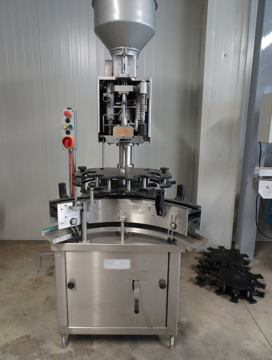 AUTOMATIC CORKING MACHINE AMEZ DROZ SINGLE HEAD FOR NATURAL CORK SECOND-HAND MACHINE