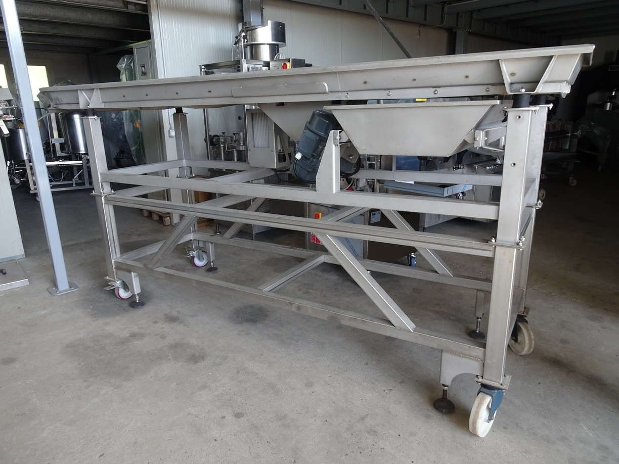 STAINLESS STEEL VIBRATION TABLE, SECOND HAND MACHINE.