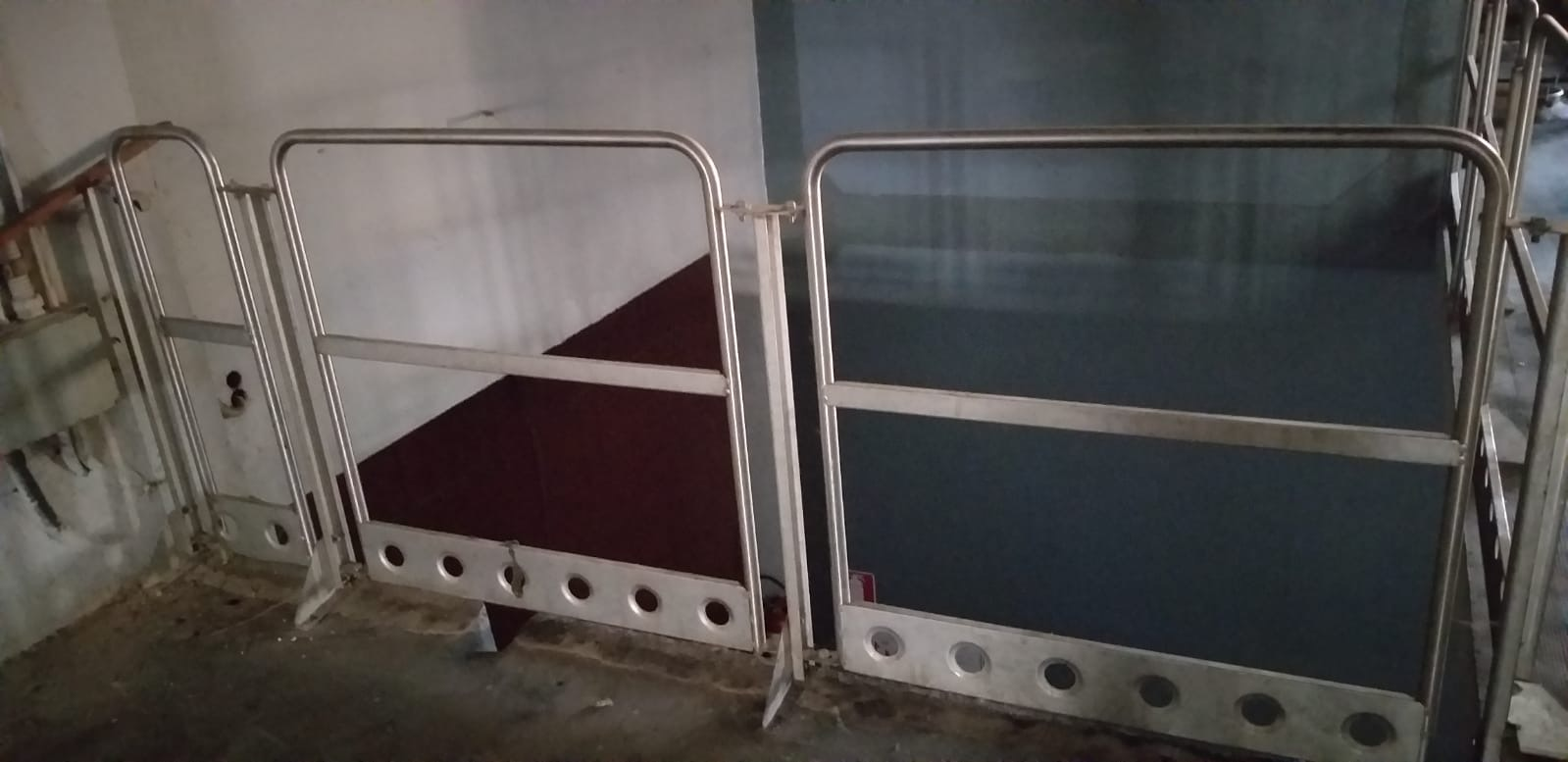 MODULAR STAINLESS STEEL RAILING, SECOND-HAND EQUIPMENT.
