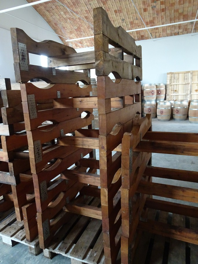WOODEN SUPPORTS FOR BARRIQUES, SECOND-HAND EQUIPMENT.