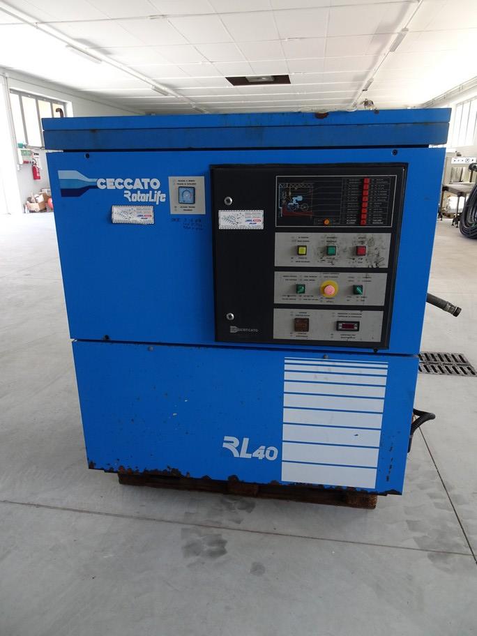 SCREW COMPRESSOR CECCATO MODEL RL40, SECOND-HAND MACHINE.