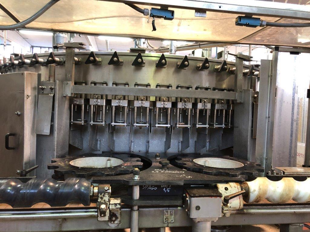 ISOBARIC FILLING MACHINE COBERT BERTOLASO WITH 60 VALVES, MODEL SUPREMA, SECOND-HAND MACHINE.